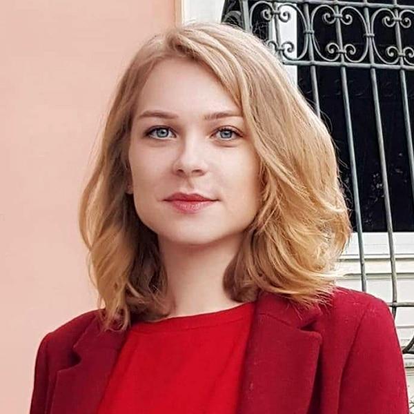 Lory Feuvrier - Consultant juridique blockchain
